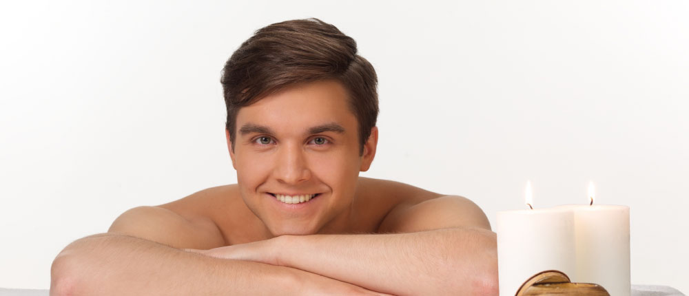 脱毛をして肌がきれいになった男性